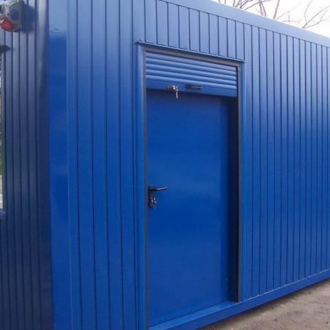 kontenery budowlany niebieski