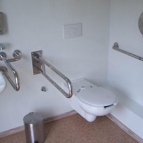 kontener sanitarny dla niepełnosprawnych