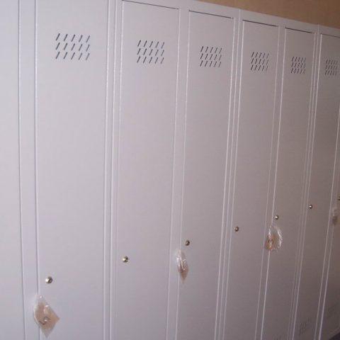 kontener szatniowy z szafkami